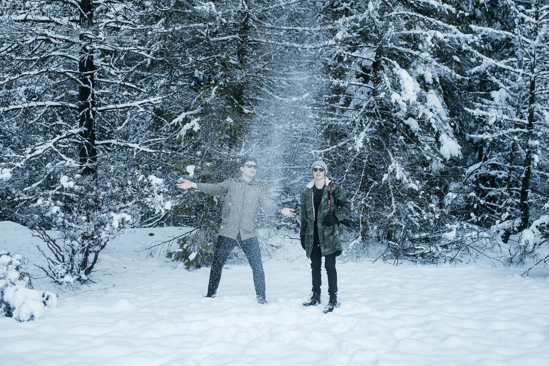 EDP122615_Snow_AllyEstherSlava-15.jpg