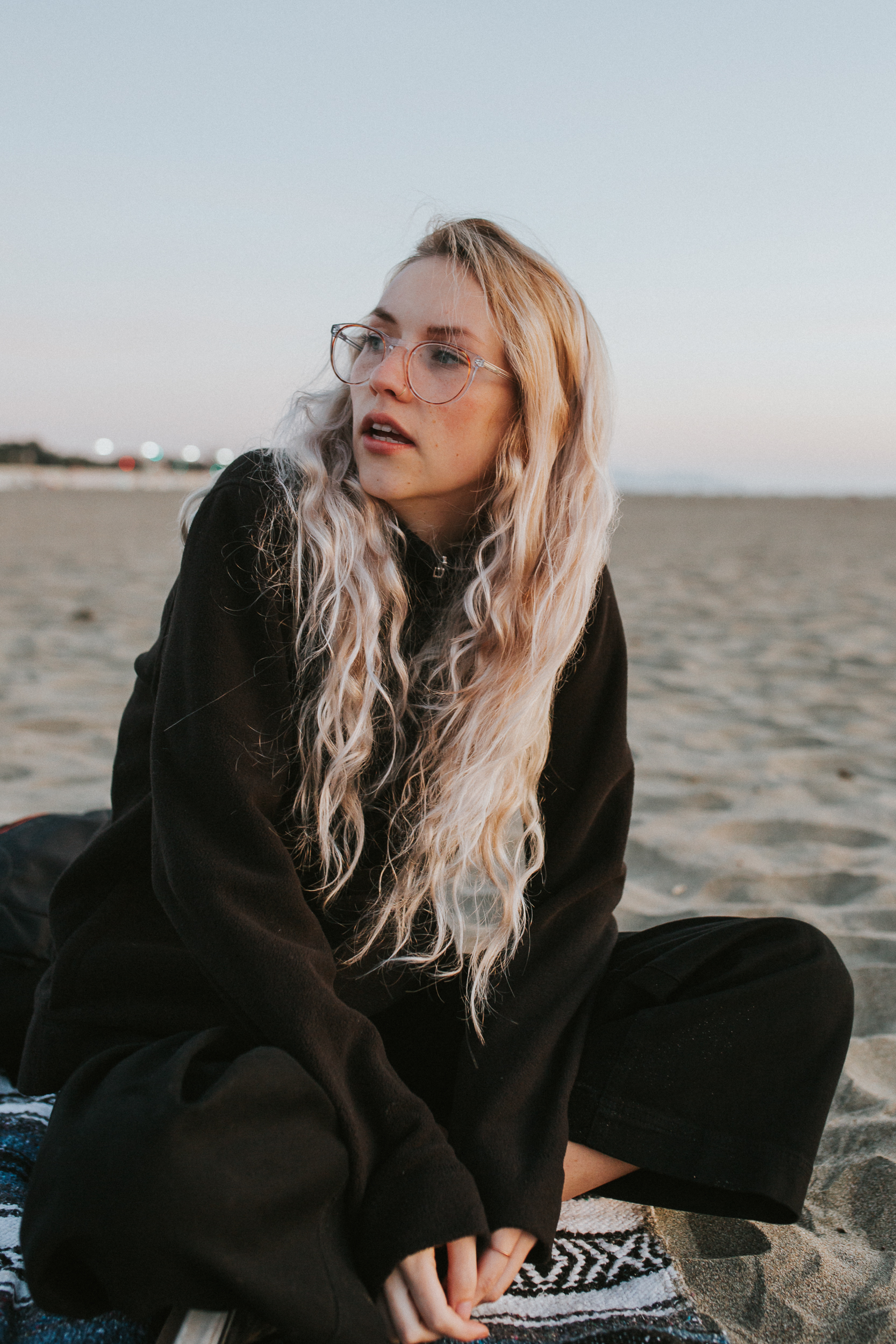 San Francisco chill beach shoot