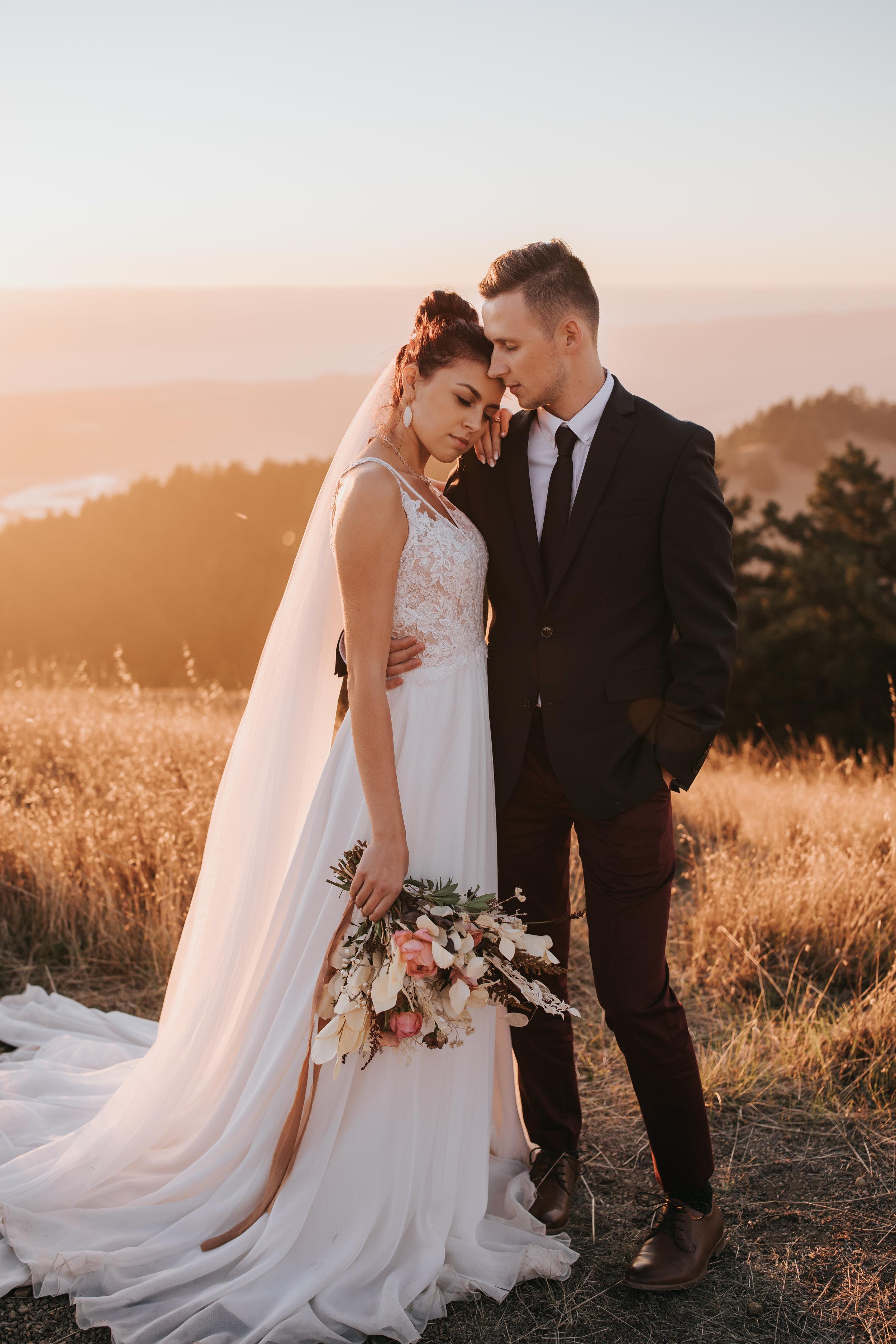 Weddings / Couples