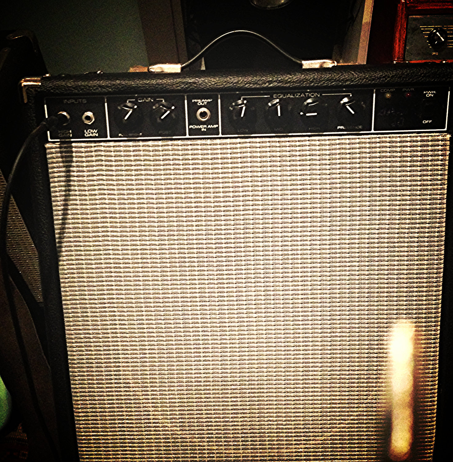 40 Watt Guitar and Bass Combo / New Jensen 15 inch Alnico P15N Speaker / Recycled from an old broken amp.