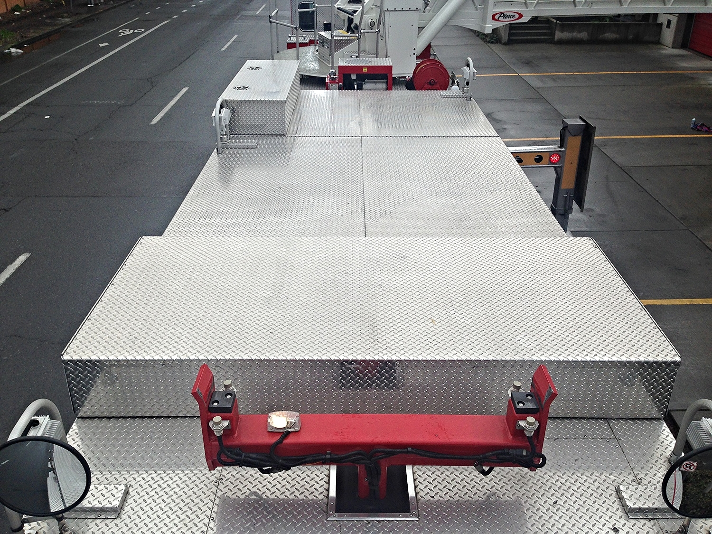 Transverse compartment box
