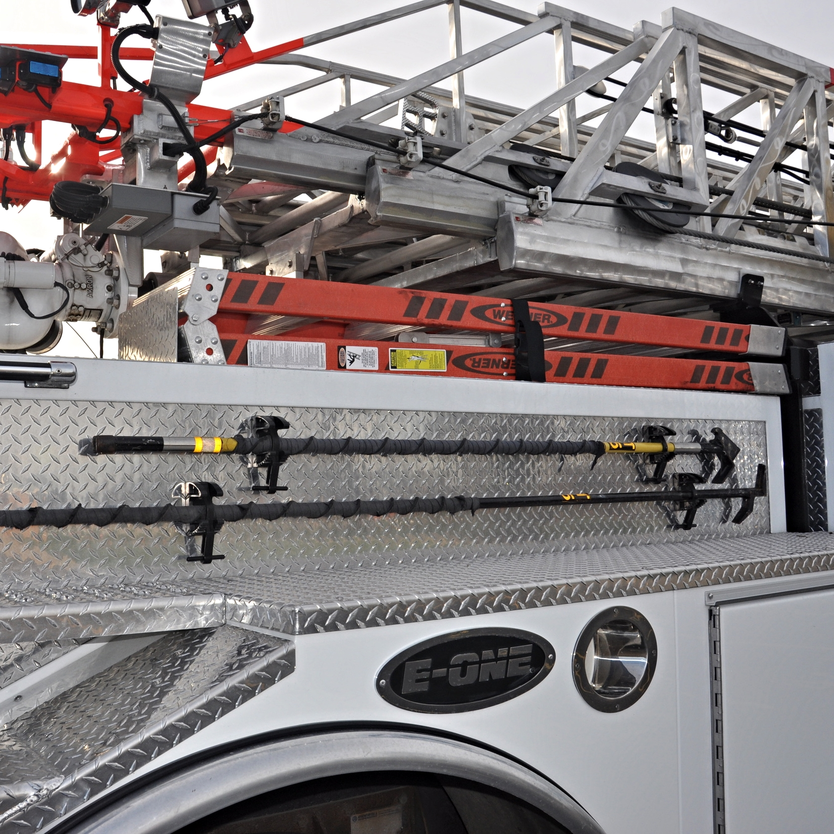 46 Right side tools and step ladders.JPG