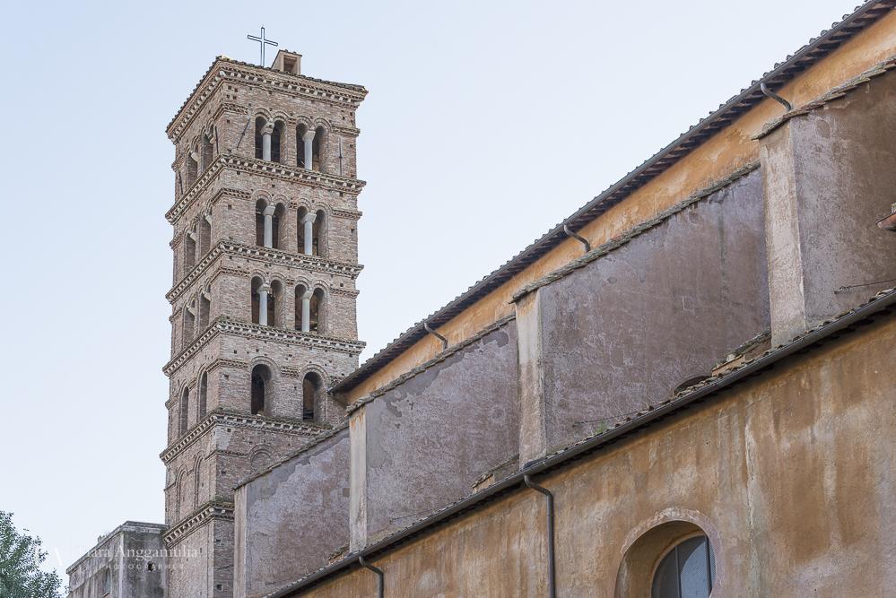 A view towards the church of Santa Sabina all'Aventino.