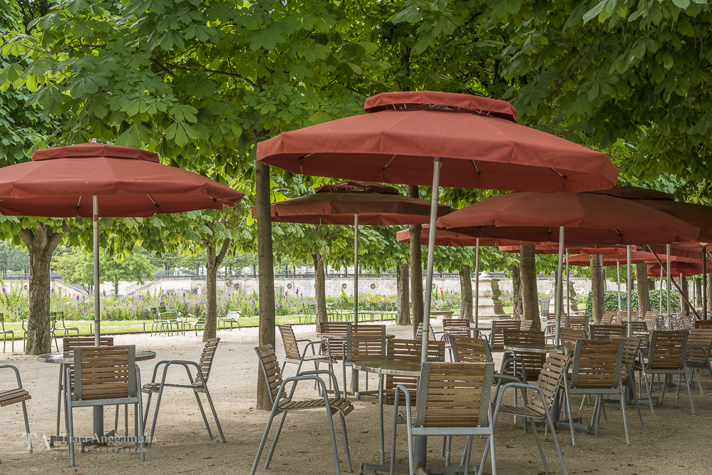 Tables and chairs in Jardin des Tuileries.