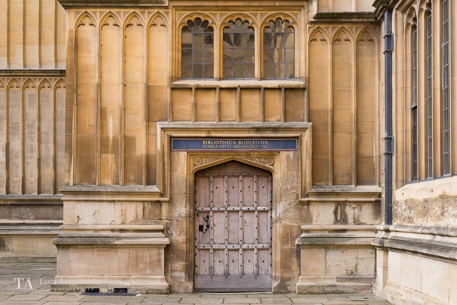 The courtyard of Bodleian Library.