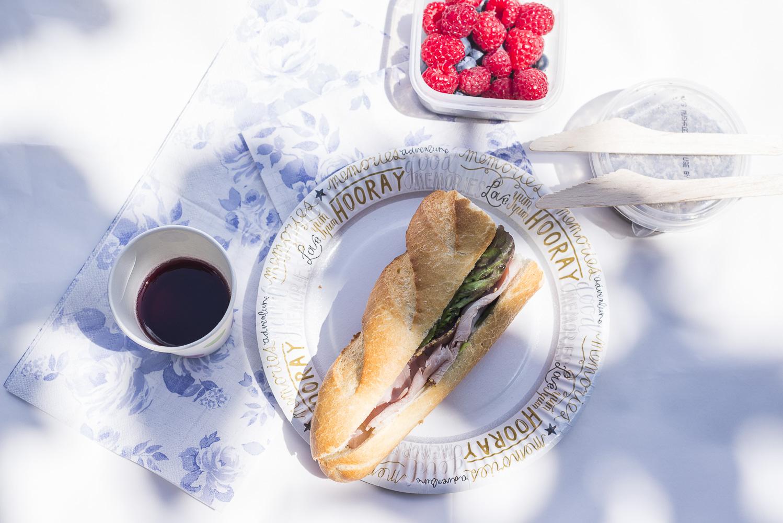 Al Fresco eating at King George Park.jpg