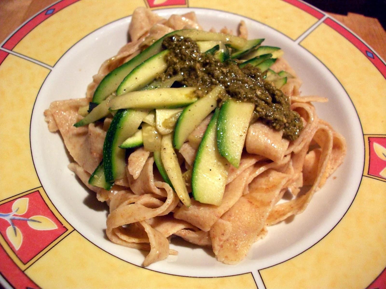 food_friday_homemade_wholegrain_pasta_3.JPG