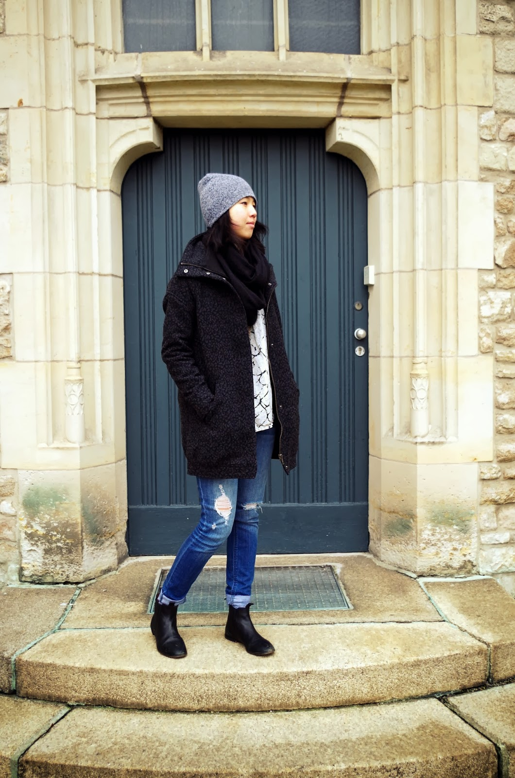 outfit_jan_19_2014_ripped_jeans_4_c1.jpg