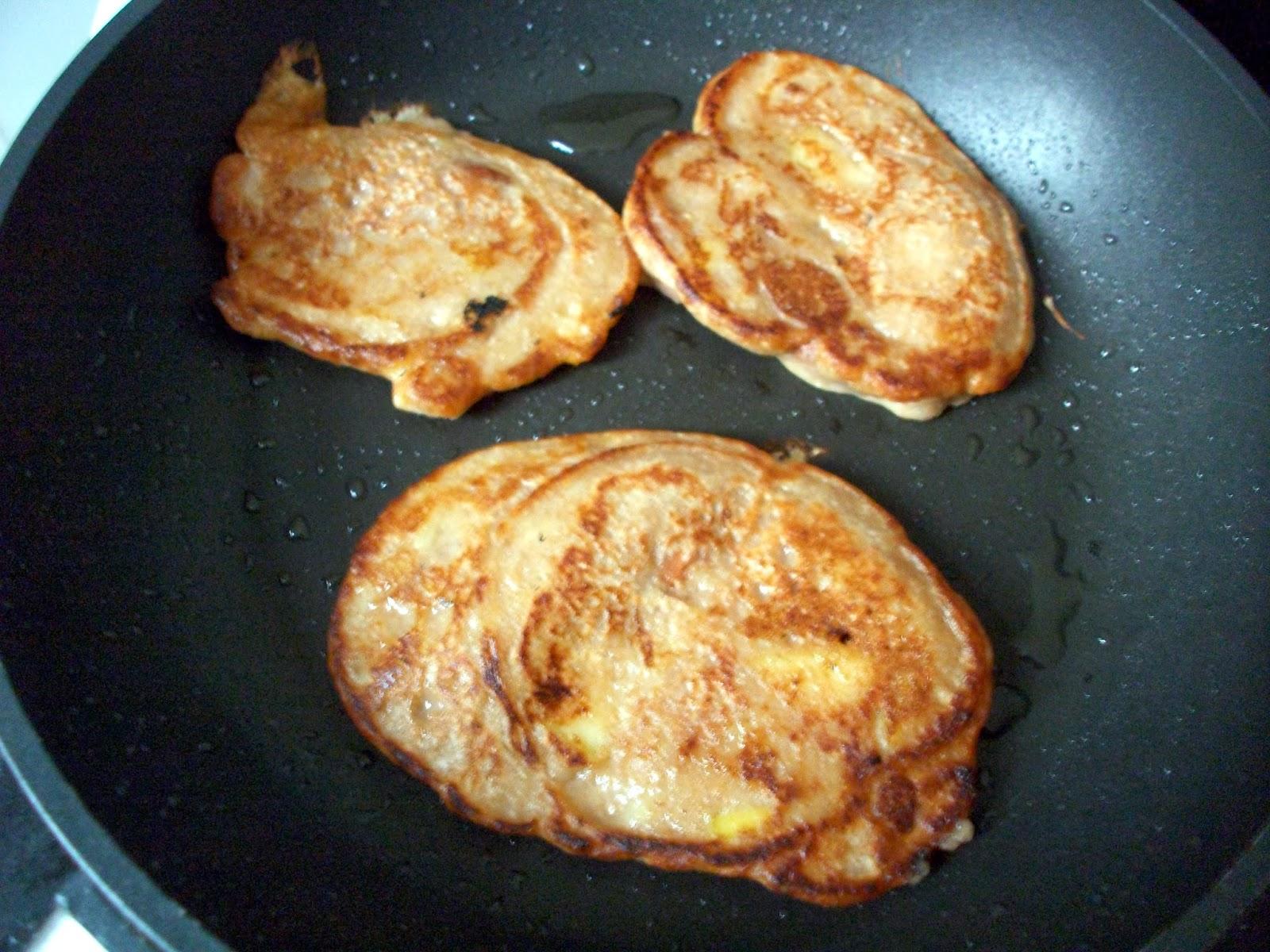 vegan_banana_pancakes_3.JPG