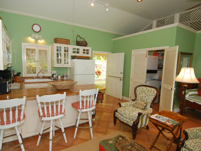 GUEST HOUSE KITCHEN