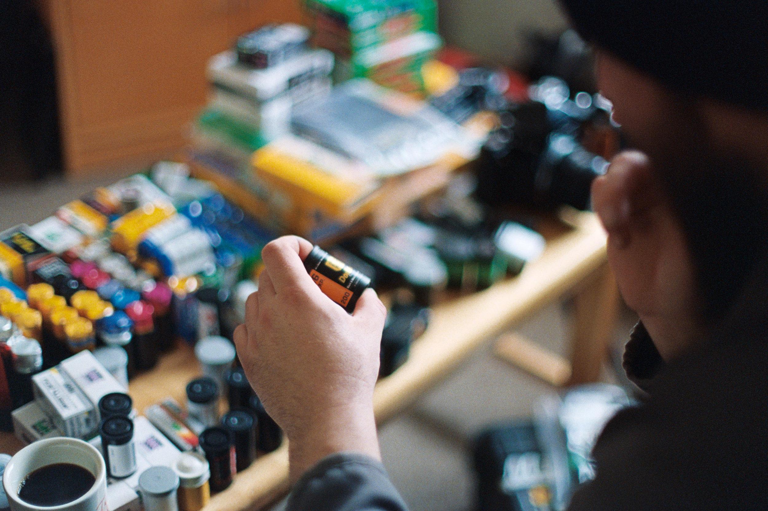 Decisions   Nikon FM3A + Nikkor 50/1.2   Lomography Color 800