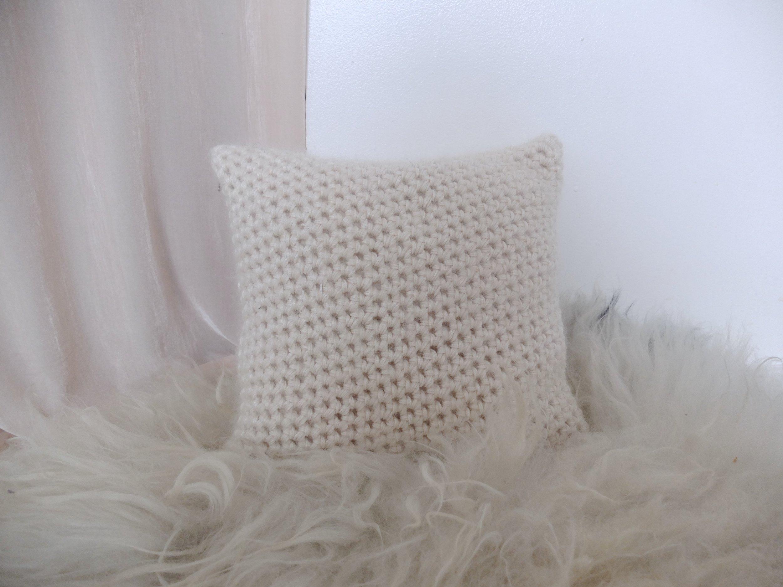 monica-hofstadter-birkir-pillow-4.JPG