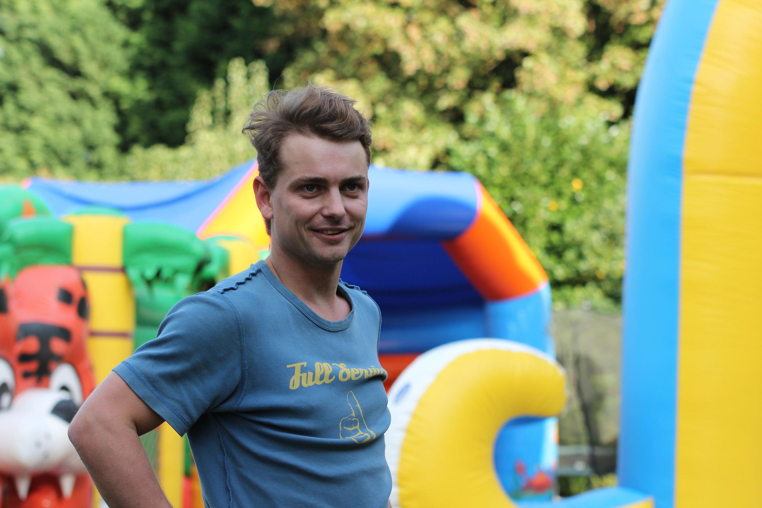 Tomas van Eventa Rent helpt je heel graag verder!