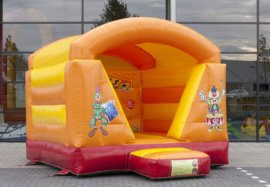 mini-springkasteel-circus-overdekt-3-940x652.jpg