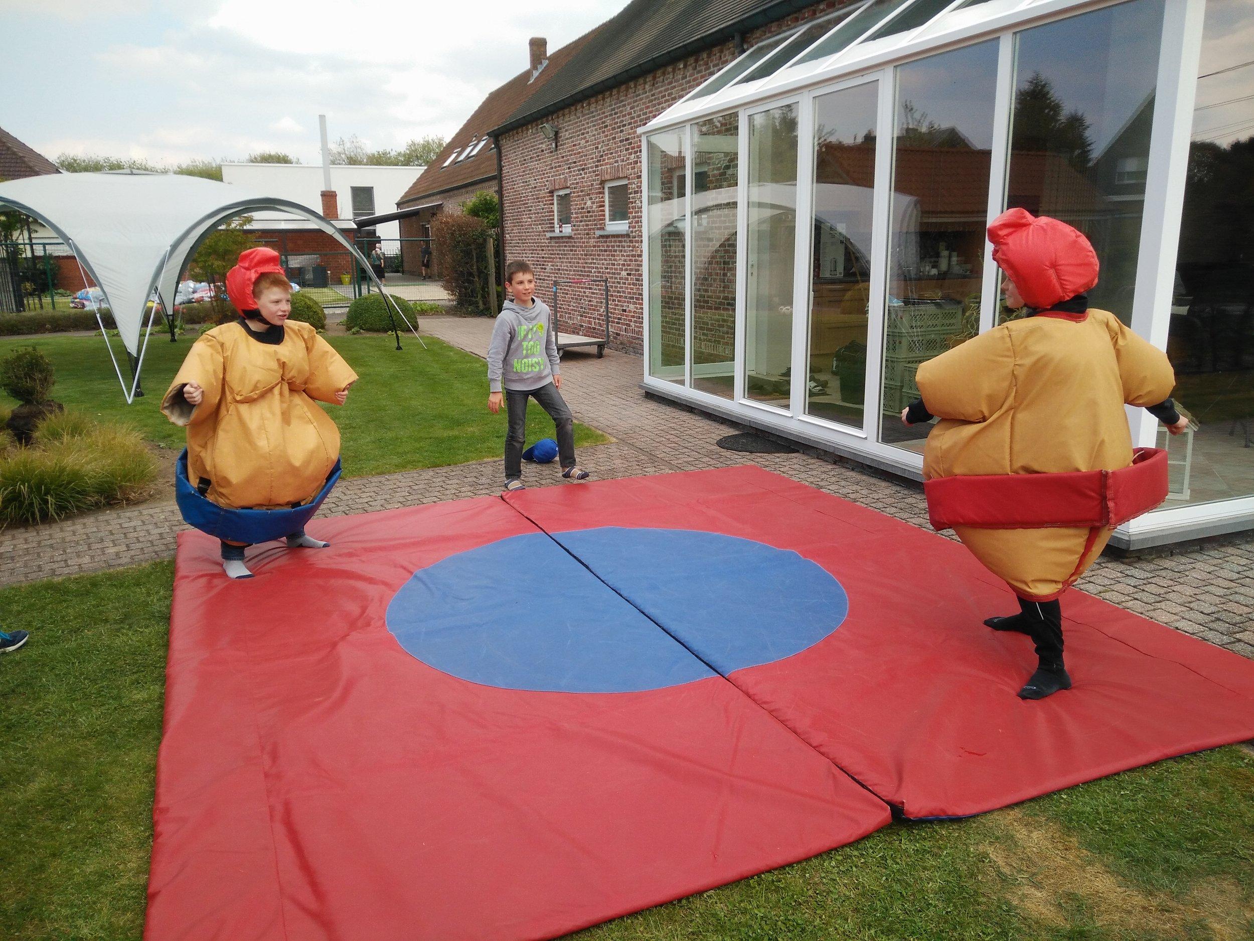sumopakken kinderen huren