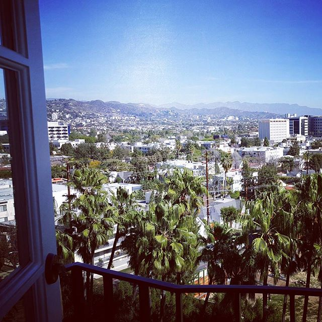 Never thought I'd say this but I LOVE L.A. Especially when it's 10 degrees back home. About to tape a week of shows here and had some excellent musical moments with George Clinton, Gary Clark Jr, Lenny Kravitz, Leon Bridges and many more with The Roots over the weekend. Living the dream! #fallontonight #theroots #lovemyjob