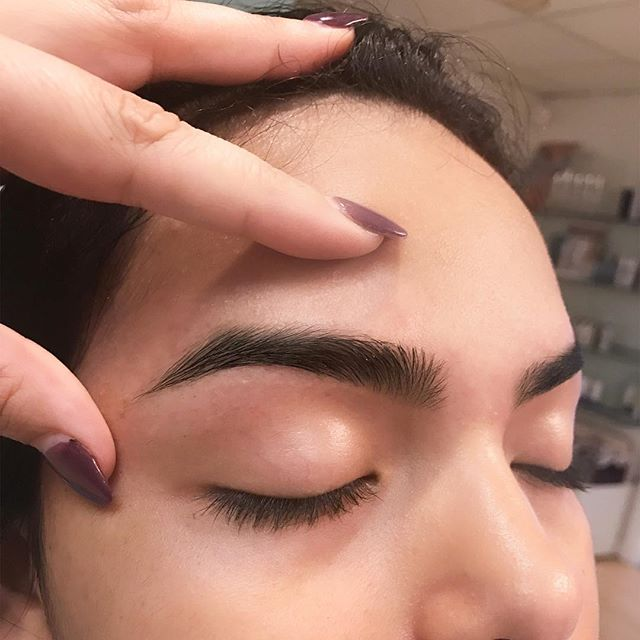 THESE BROWS ARE PERFECTION.