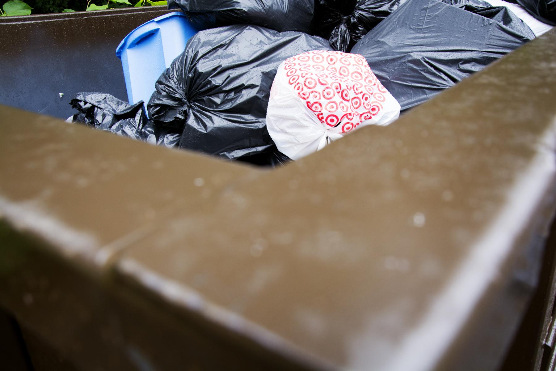 dumpster_E159330.jpg