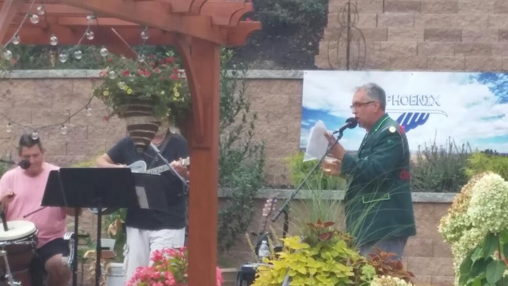 The vintner singing
