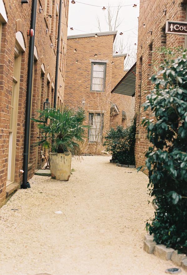 courtyard_serenbe