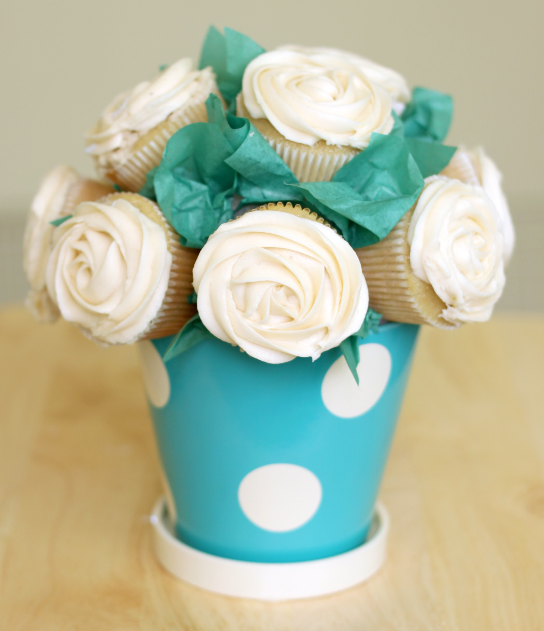 Cupcake-Rose-Bouquet.jpg