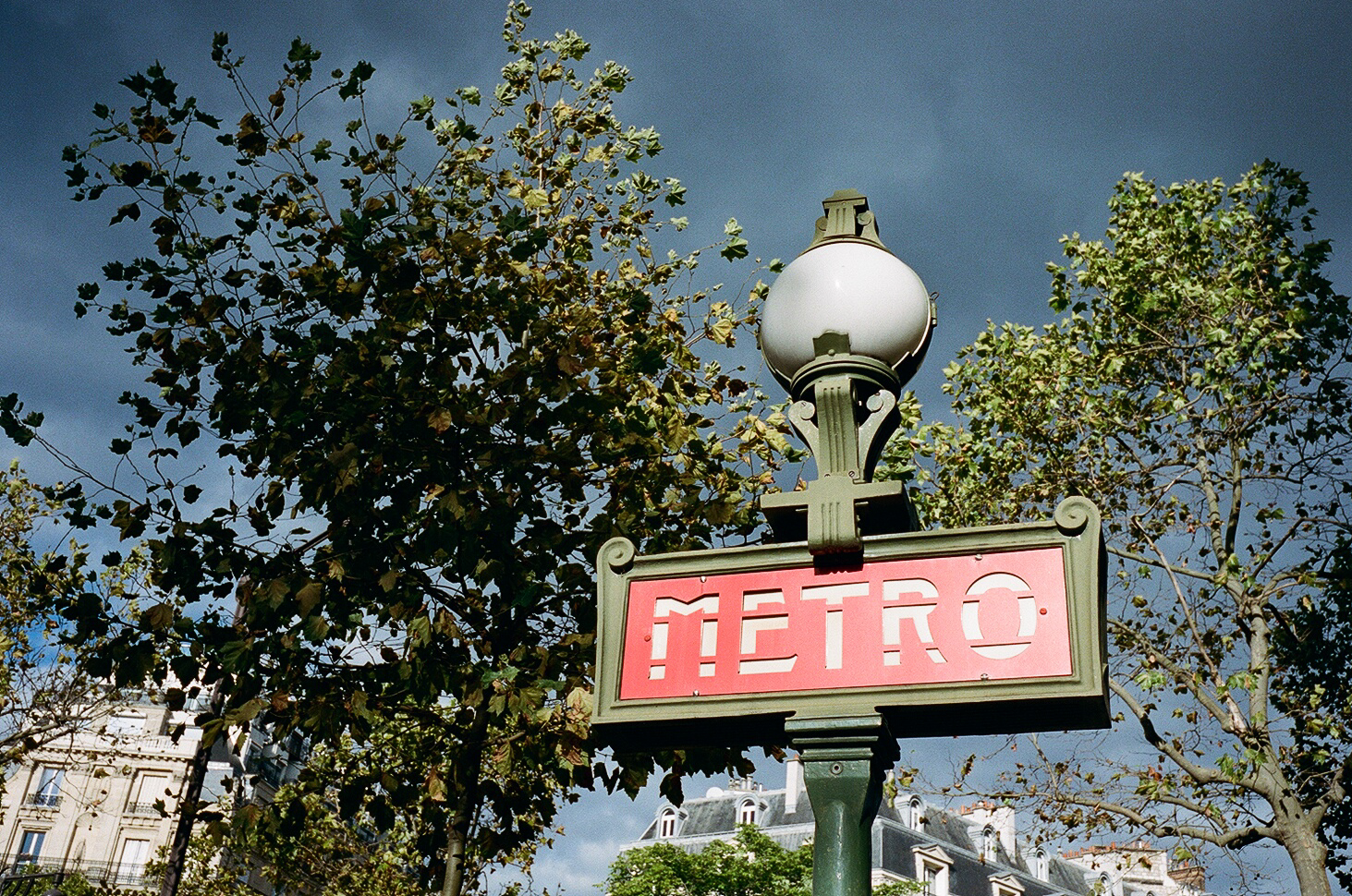 Kodak Portra 400 (Paris)-9.jpg