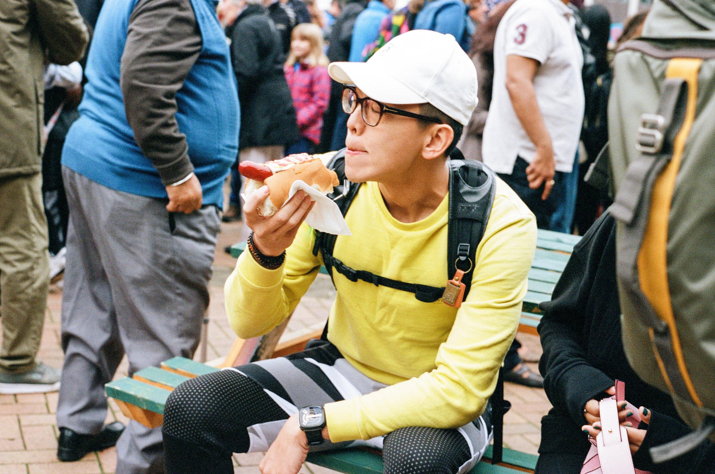 Hotdog - Clifford Darby 2017