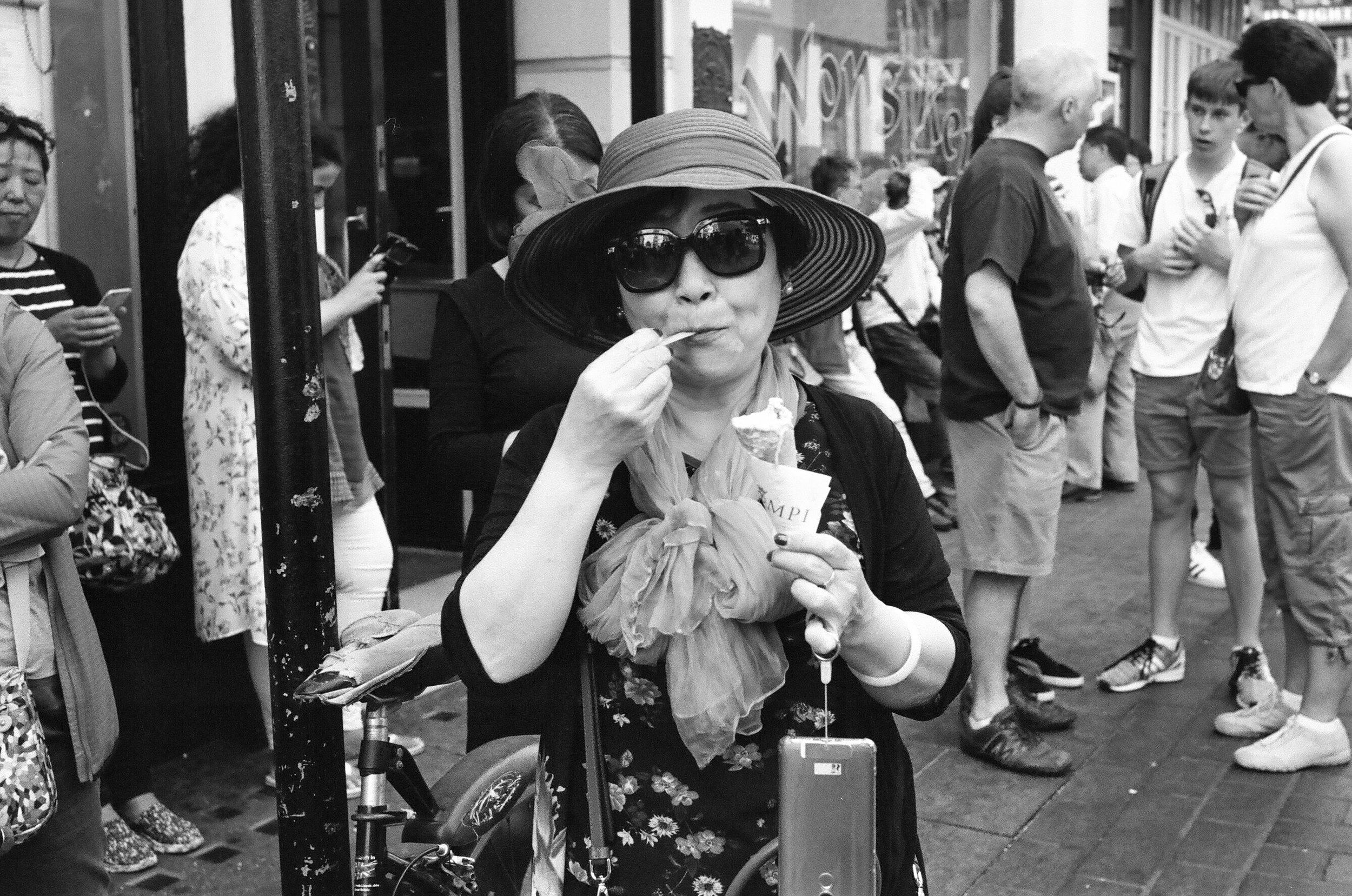London (Leica M6 - Kodak 400TX)-111.jpg