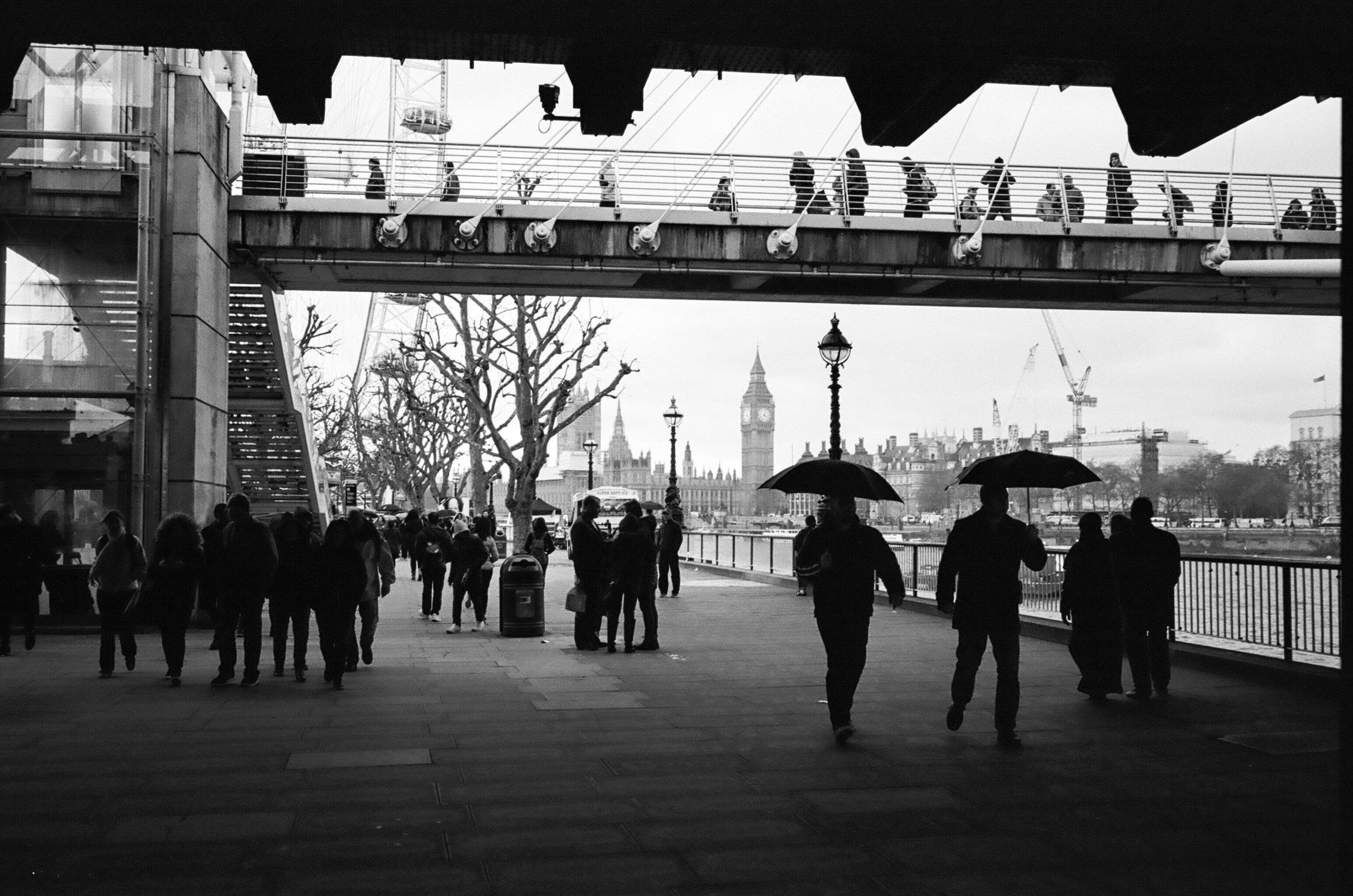 London (Leica M6 - Kodak 400TX)-55.jpg
