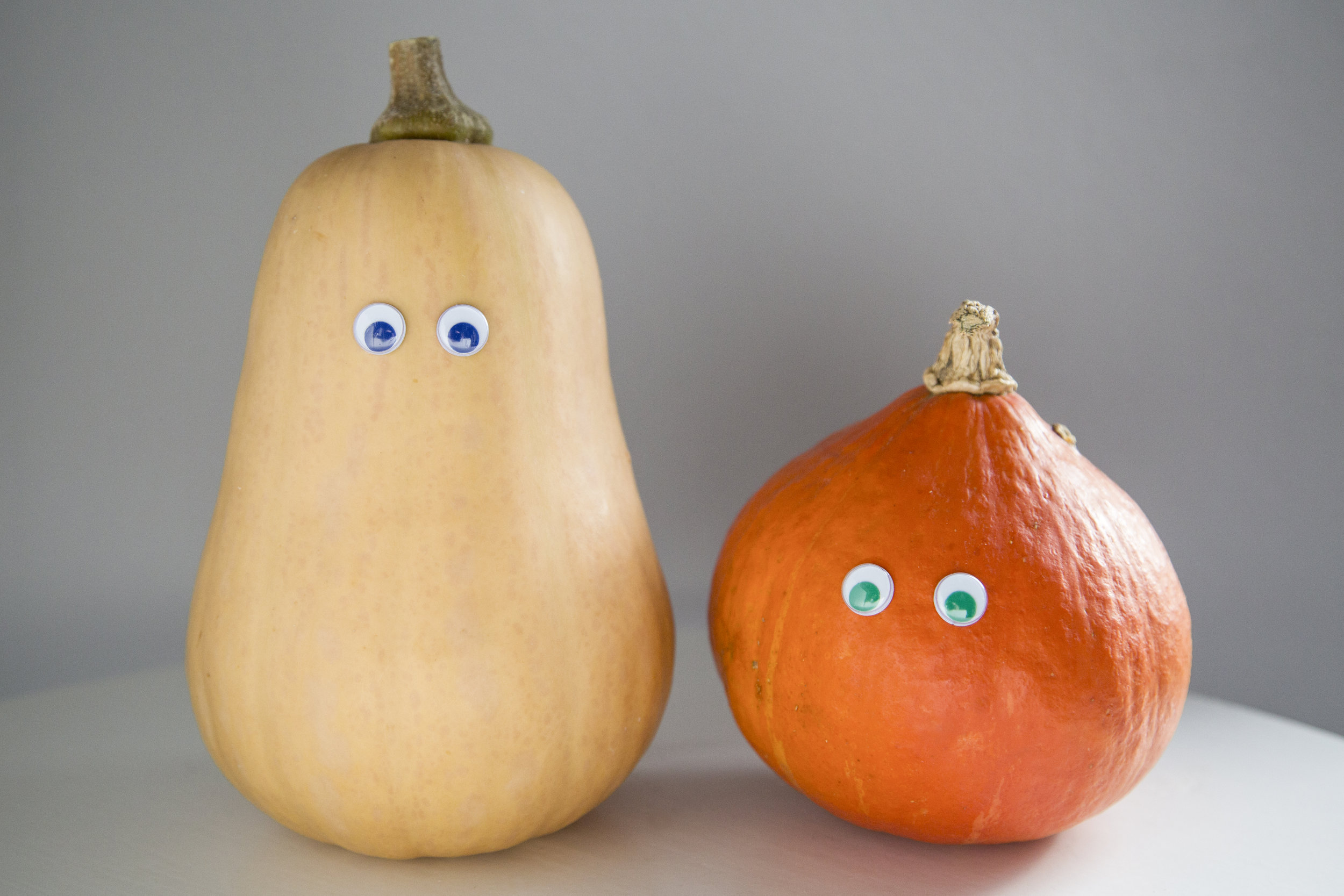 http://www.gettyimages.de/detail/foto/pumpkin-with-eyes-lizenzfreies-bild/523212426