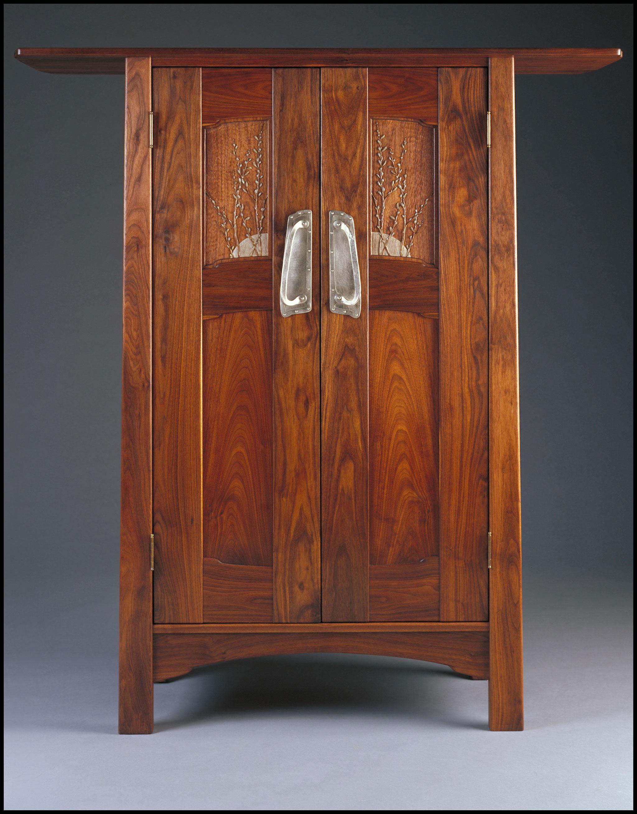Aesthetic Cabinet