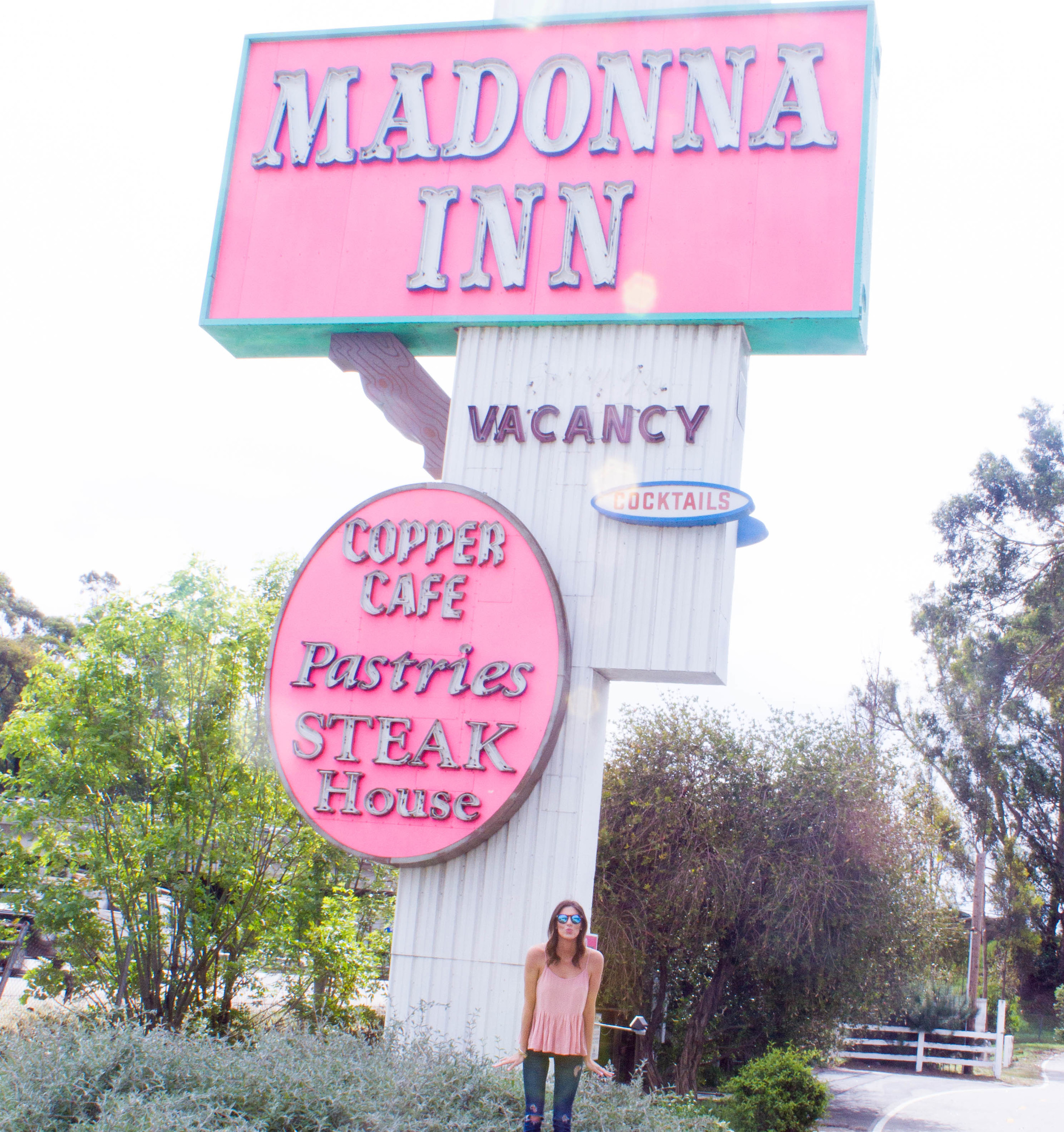 The Madonna Inn hotel review | www.thefourthreads.com