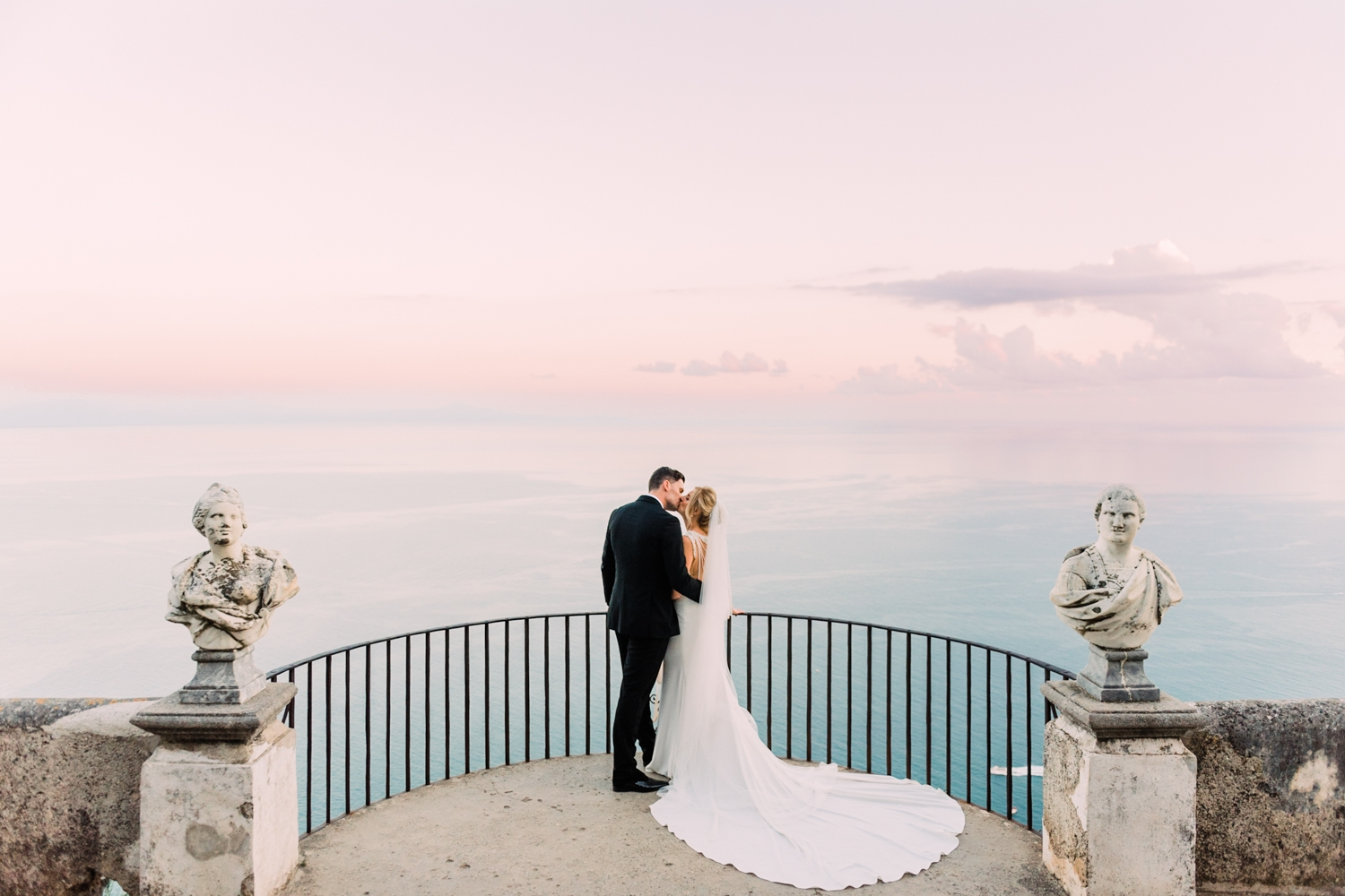 {Villa-Cimbrone-Ravello-Wedding} 20.jpg