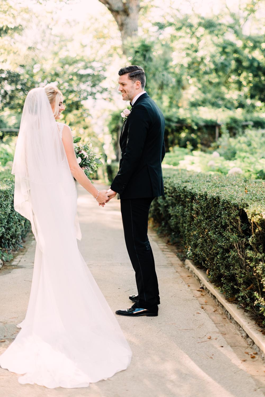 villa-cimbrone-wedding-photographer-2.jpg