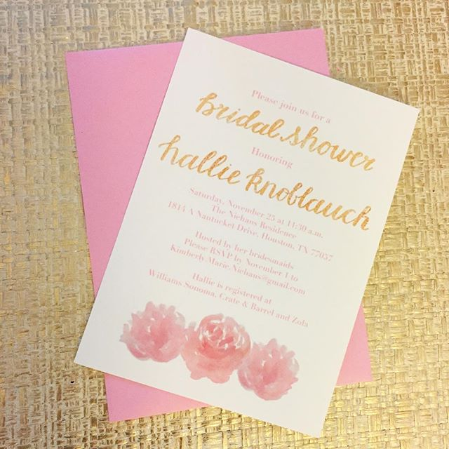 Bridal shower invite for a lovely bride! Pink peonies + gold brush lettering👌🏼 #calligraphy #lettering #brushlettering #peonies #gold #pink #calligraphyart #watercolor #bride #bridalshower #celebration