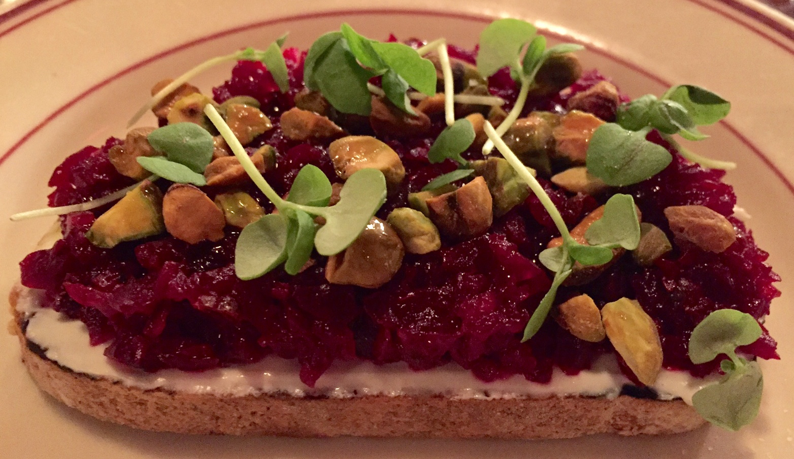 roasted beet and goat cheese bruschetta with pistachios
