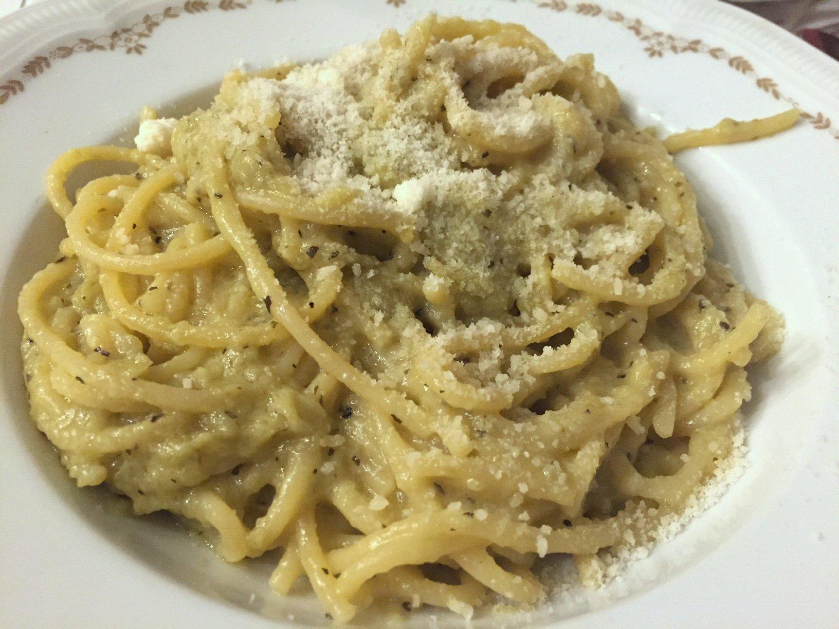 Spghetti with artichoke cream and mint. Bellissima! My dinner tonight.