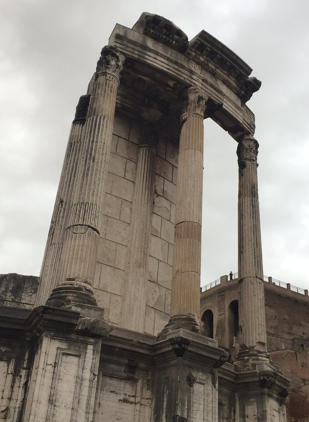 the remains of the Temple of Vesta, on the Forum (also where, PS, the freaking vestal virgins kept the flame alive. I do believe being a vestal virgin guaranteed women a better life than they'd have had otherwise, BUT being a vestal virgin couldn't have been much fun.)
