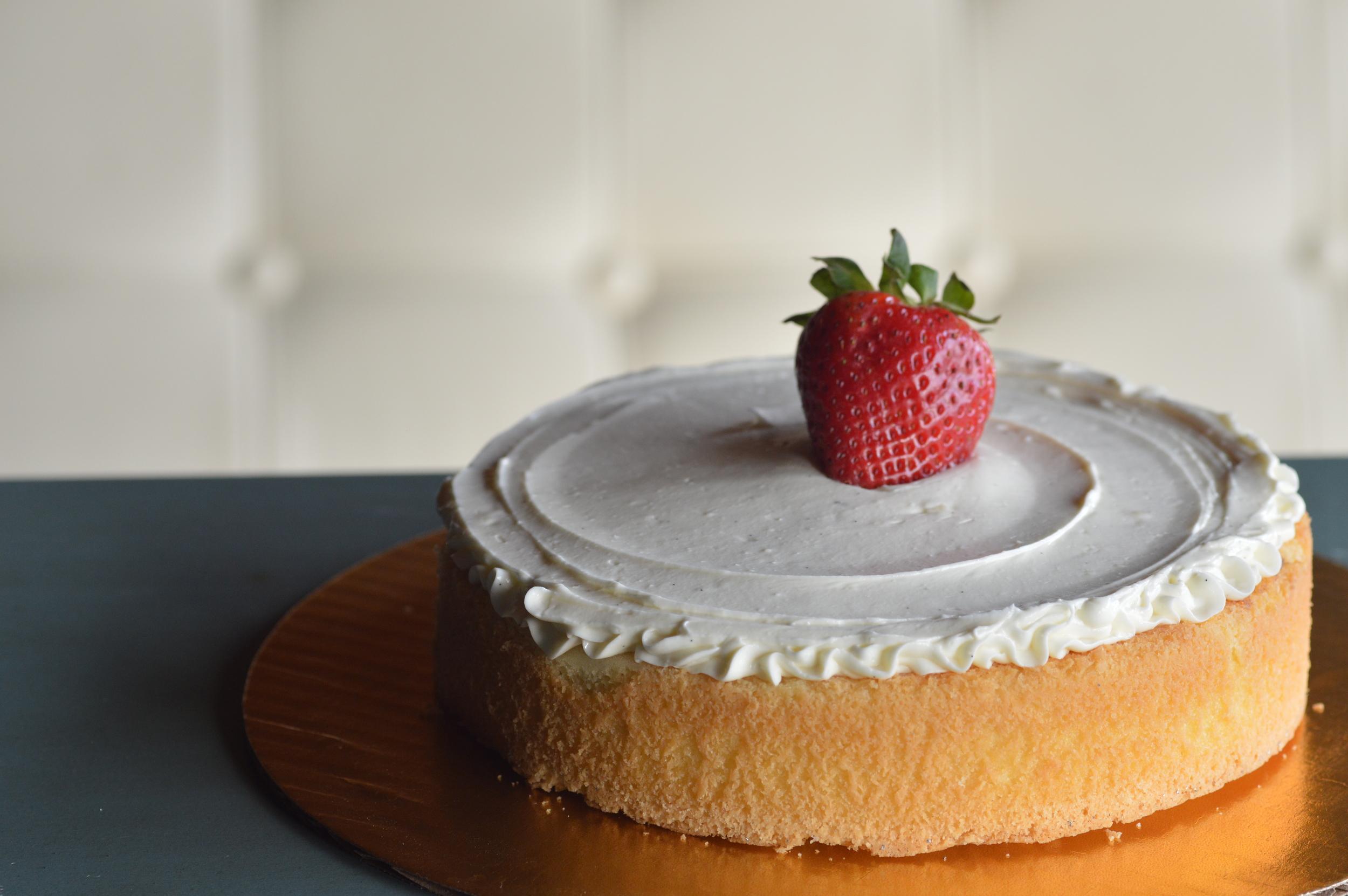 Almond Scented Orange Afternoon cake