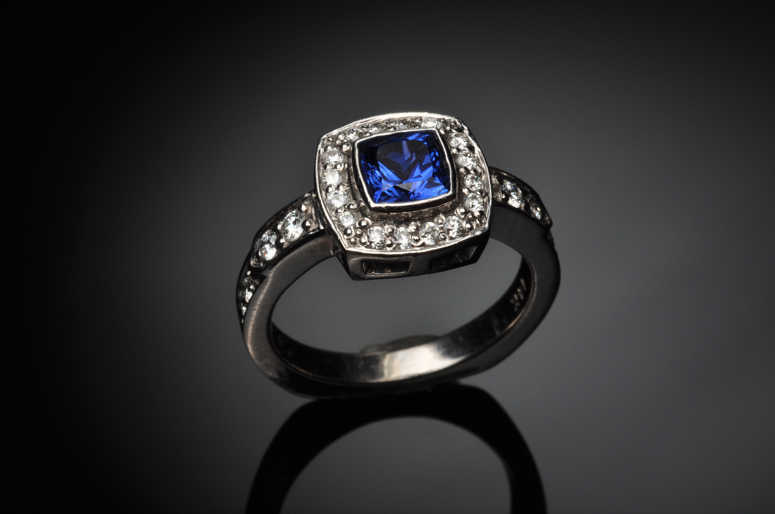 BlueSapph&Diamonds14KW.jpg