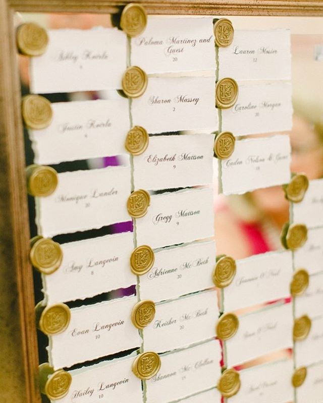 Escort card displays can bring so much character to your wedding. Wax seals, deckled edge AND a mirror- WOWZA! This wedding was planned by @queryevents and photographed by @katepeasephotography