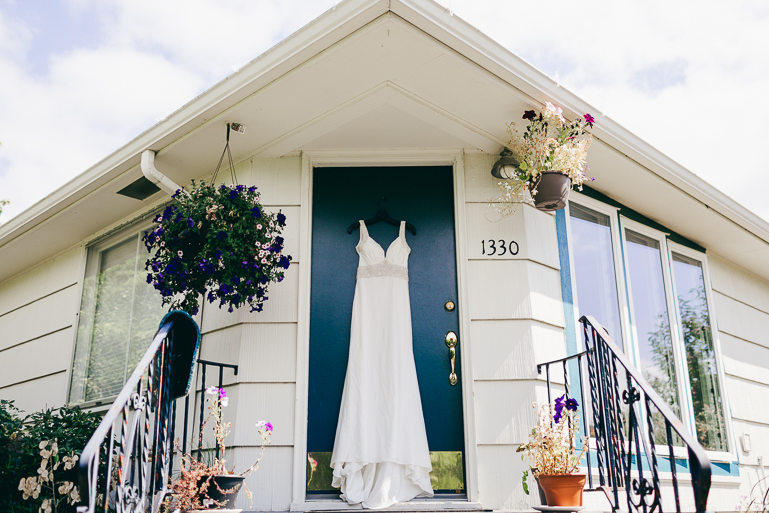 seattle-intimate-wedding-photos-cafe-flora-wedding-0004.jpg