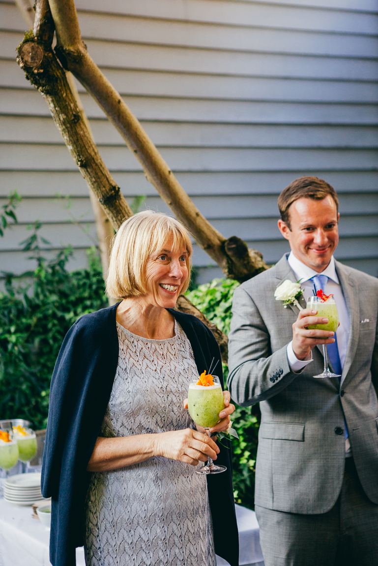seattle-intimate-wedding-photos-cafe-flora-wedding-0010-2