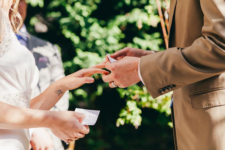 seattle-intimate-wedding-photos-cafe-flora-wedding-0069.jpg