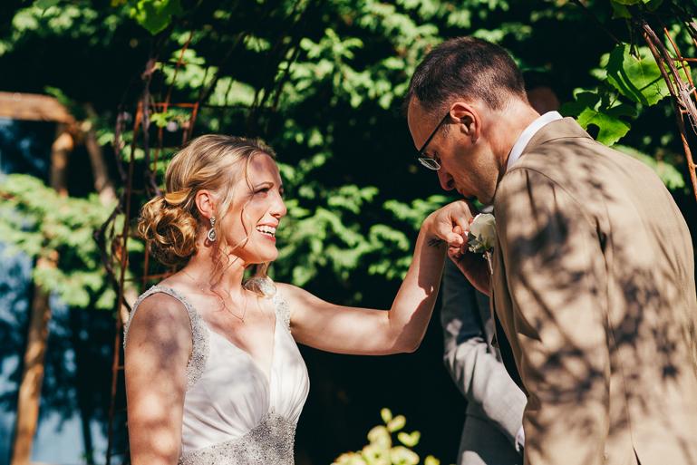 seattle-intimate-wedding-photos-cafe-flora-wedding-0072.jpg