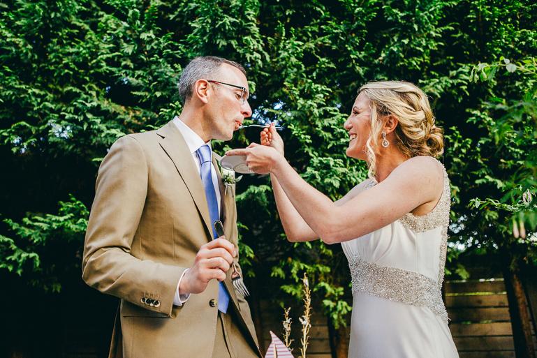 seattle-intimate-wedding-photos-cafe-flora-wedding-0141.jpg