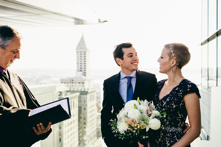 seattle-courthouse-wedding-photographer-0069.jpg