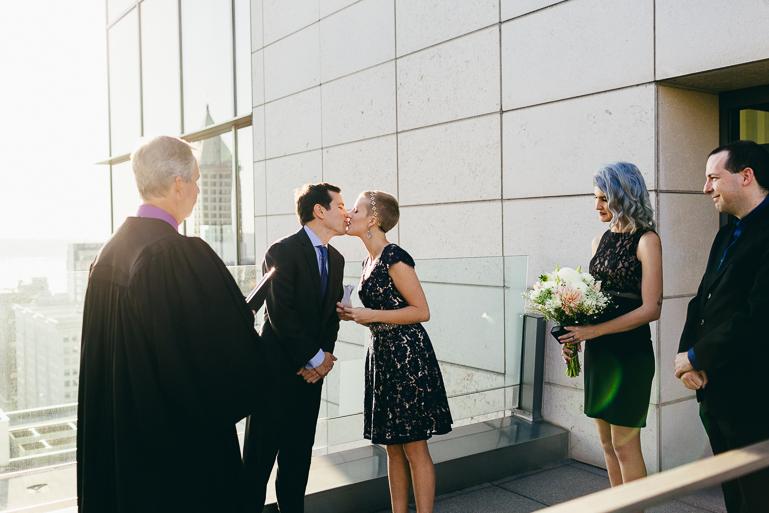seattle-courthouse-wedding-photographer-0075.jpg