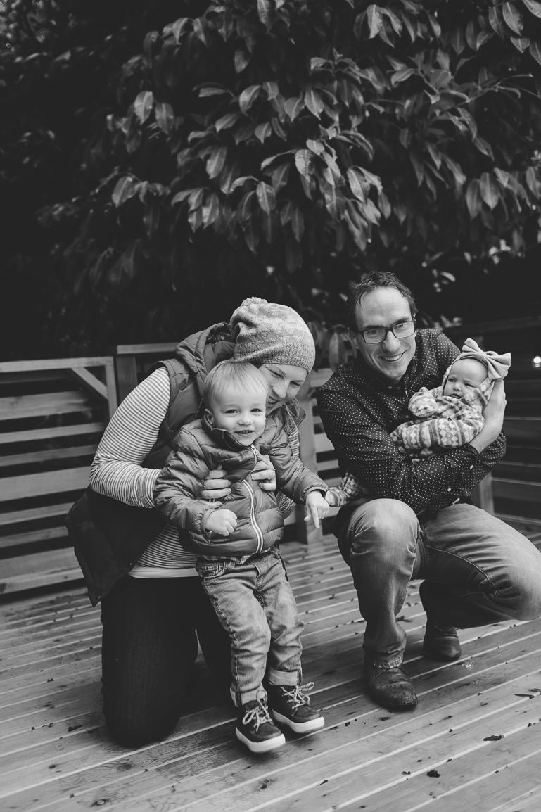 seattle-family-photographer-0008-2.jpg