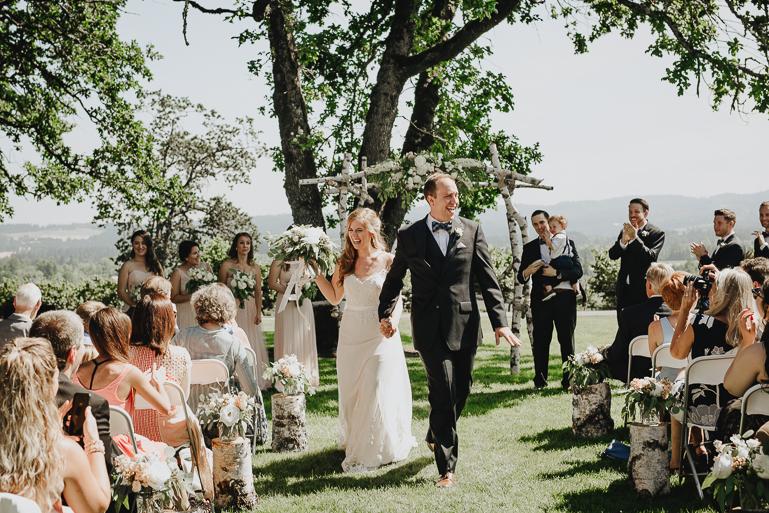 scholls-valley-lodge-wedding-0117.jpg